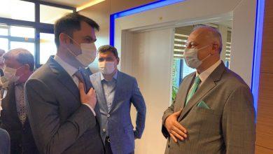 Photo of Başkan Çebi, Çevre ve Şehircilik Bakanı Kurum'u Havalimanında Karşıladı